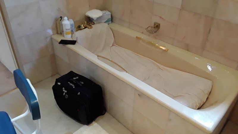 Stuber Bath Before AHM fitting